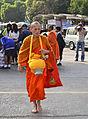 201401010905b (Hartmann Linge) Sukhothai Ratchathanee Monks.jpg