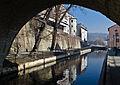2014 Kanał Młynówka i mury miejskie w Kłodzku.jpg