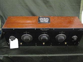 Neutrodyne - Neutrodyne receiver used on US President Warren Harding's yacht, the 'Mayflower'