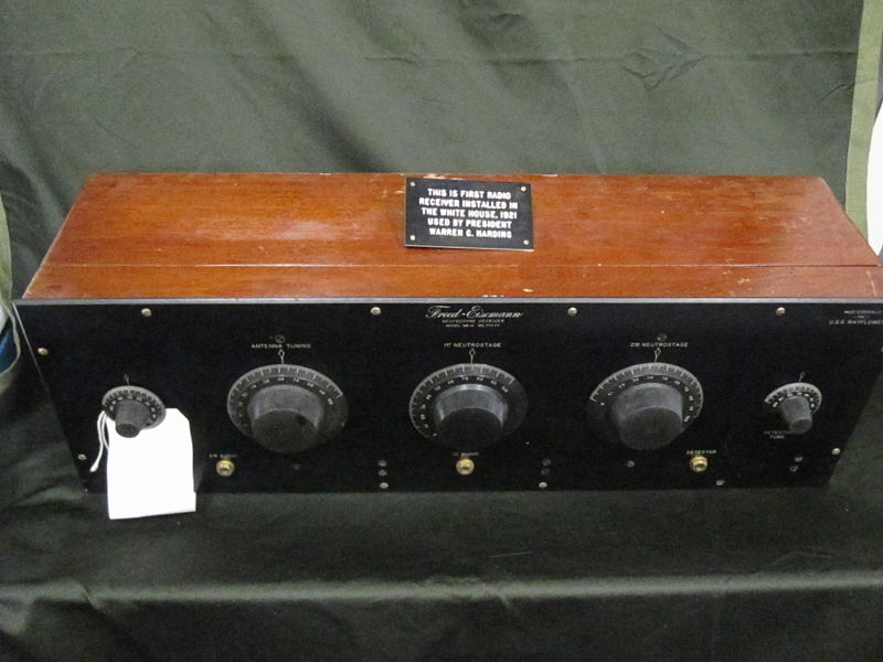 See Also Edit Tuner Radio Crystal Radio Regenerative Circuit