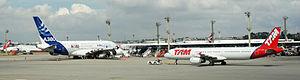 A380 03 2012 GRU 991.JPG