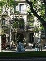 A Maragall (amb la casa Ferrer de fons) P1450017.JPG