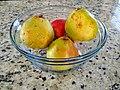 A bowl of Comice pears.jpg