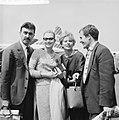Aankomst Franse filmsterren op Schiphol, v.l.n.r. Luciano Emmer , Marina Vlady ,, Bestanddeelnr 911-3038.jpg