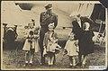 Aankomst prinses Juliana en haar drie dochters in Nederland op vliegveld Teuge ., Bestanddeelnr 021-0397.jpg