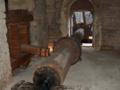 Abbaye de Fontenay axe du marteau pilon dans la forge.png