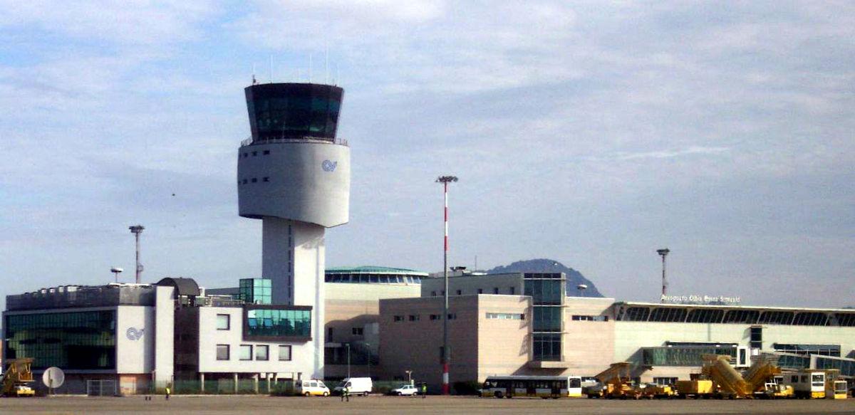 Flughafen Olbia – Wikipedia