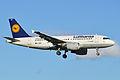 Airbus A319-112 'D-AIBE' Lufthansa (14342064669).jpg