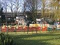 Aire de jeux du square Jean Biguet à Saint Maurice.JPG