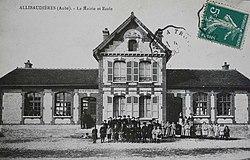 Allibaudières mairie école.jpg