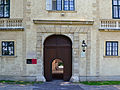 Altes Schloss Laxenburg Portal.jpg