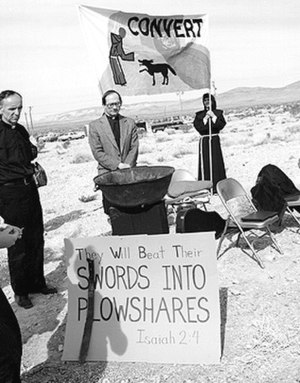 Nuclear weapons of the United States - Members of Nevada Desert Experience hold a prayer vigil during the Easter period of 1982 at the entrance to the Nevada Test Site.