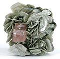 Apatite-(CaF)-Muscovite-160160.jpg