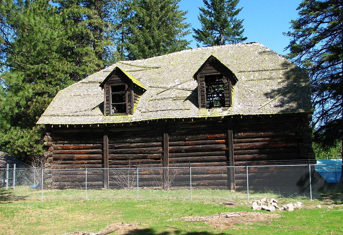 appleton log hall