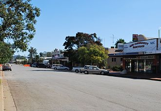 Ardlethan - Ariah Street, the main street of Ardlethan