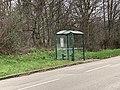 Arrêt de bus - chemin de Sermenaz (janvier 2021).jpg