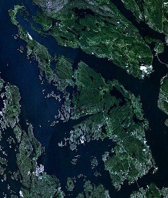 Askøy - Satellite image of Askøy.