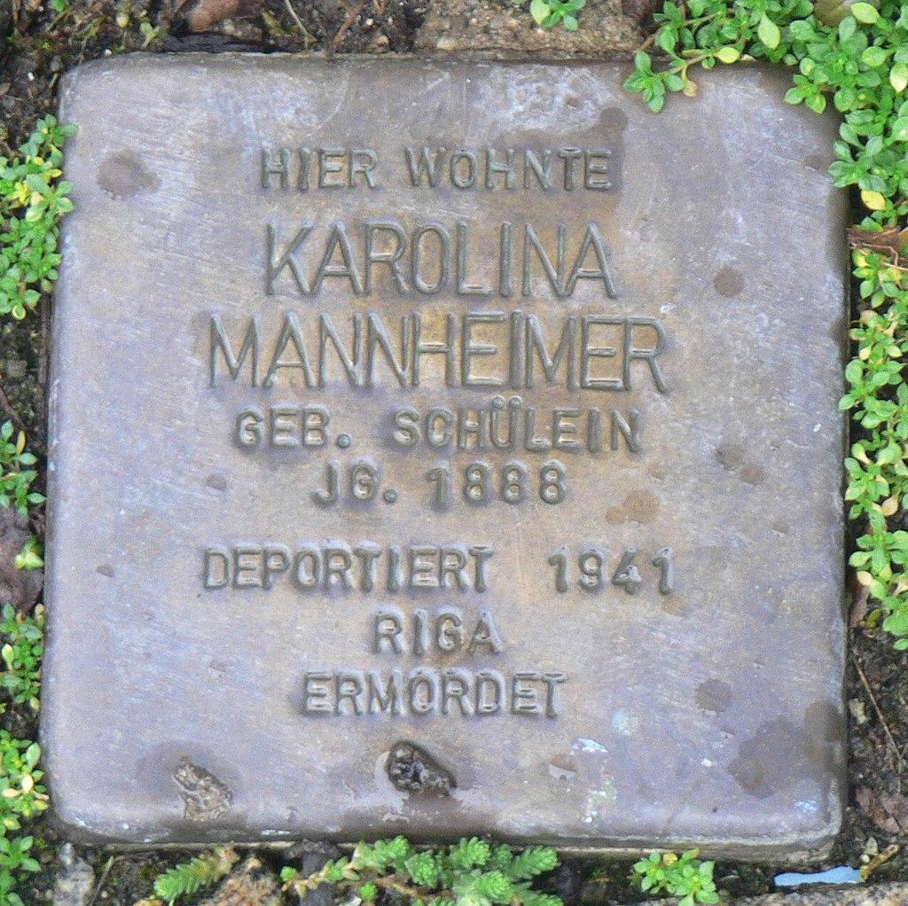 Aub - Stolperstein Mannheimer, Karolina.jpg