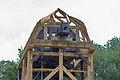 Aufbau der restaurierten Alten Mühle im Hermann-Löns-Park (Hannover) IMG 9301.jpg