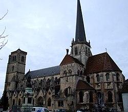 250px-Auxonne_-_Notre-Dame_11