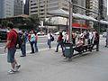 Avenida Paulista, ponto de ônibus.jpg