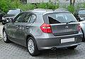 BMW 1er Facelift rear 20100430.jpg
