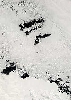 Balleny Islands and Antarctic coast.jpg