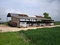 Barn above Rye Common - geograph.org.uk - 170427.jpg