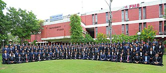 Faculty of Management Studies - University of Delhi - Batch photograph of full time MBA students for class of 2020