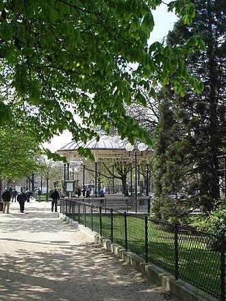 Boulevard Auguste-Blanqui - Image: Bd Blanqui Kiosque