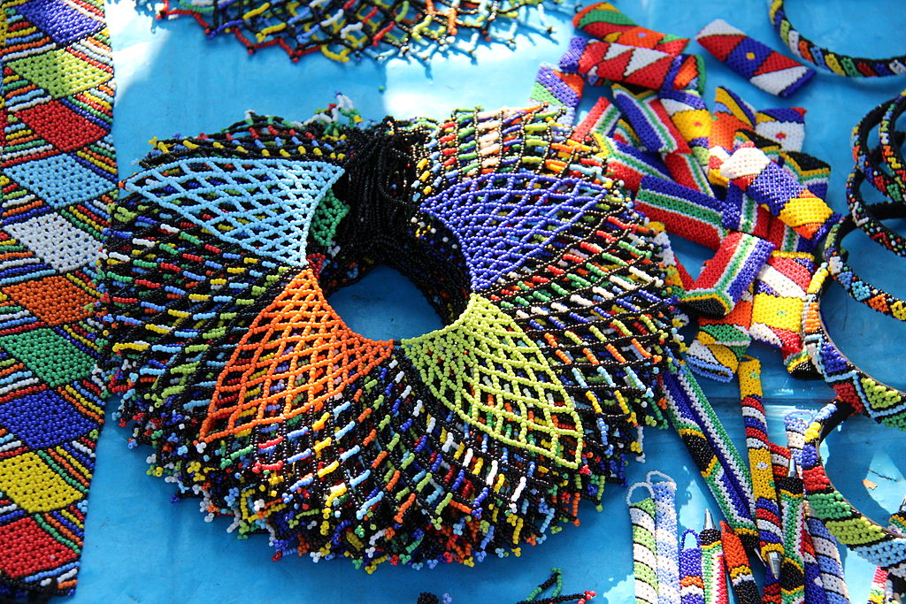 file beadwork wire art and crafts 27 jpg wikimedia commons