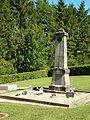 Belval-Bois-des-Dames-FR-08-monument aux morts au cimetière-1.jpg