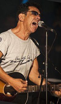 Bennato rock.jpg
