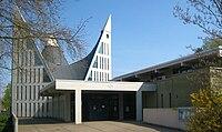 Berlin, Gropiusstadt, Dreieinigkeitskirche 03.jpg