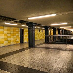 Berlin-Lichtenberg station - Passenger tunnel