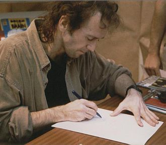 Bill Sienkiewicz - Sienkiewicz, drawing during a 1997 appearance in Gijón, Spain