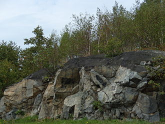 Greater Sudbury - Blackened rocks in Sudbury