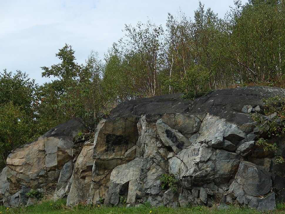 Blackened rocks in Sudbury, Ontario