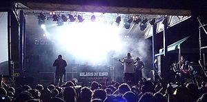 Bliss n Eso - Bliss n Eso performing at Freshfest 2009