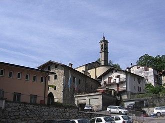 Bracca - Centre of the village