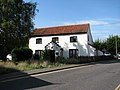 Broads Hotel Cottage - geograph.org.uk - 939836.jpg