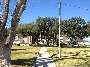 Brooks County Courthouse, Falfurrias, Texas.JPG