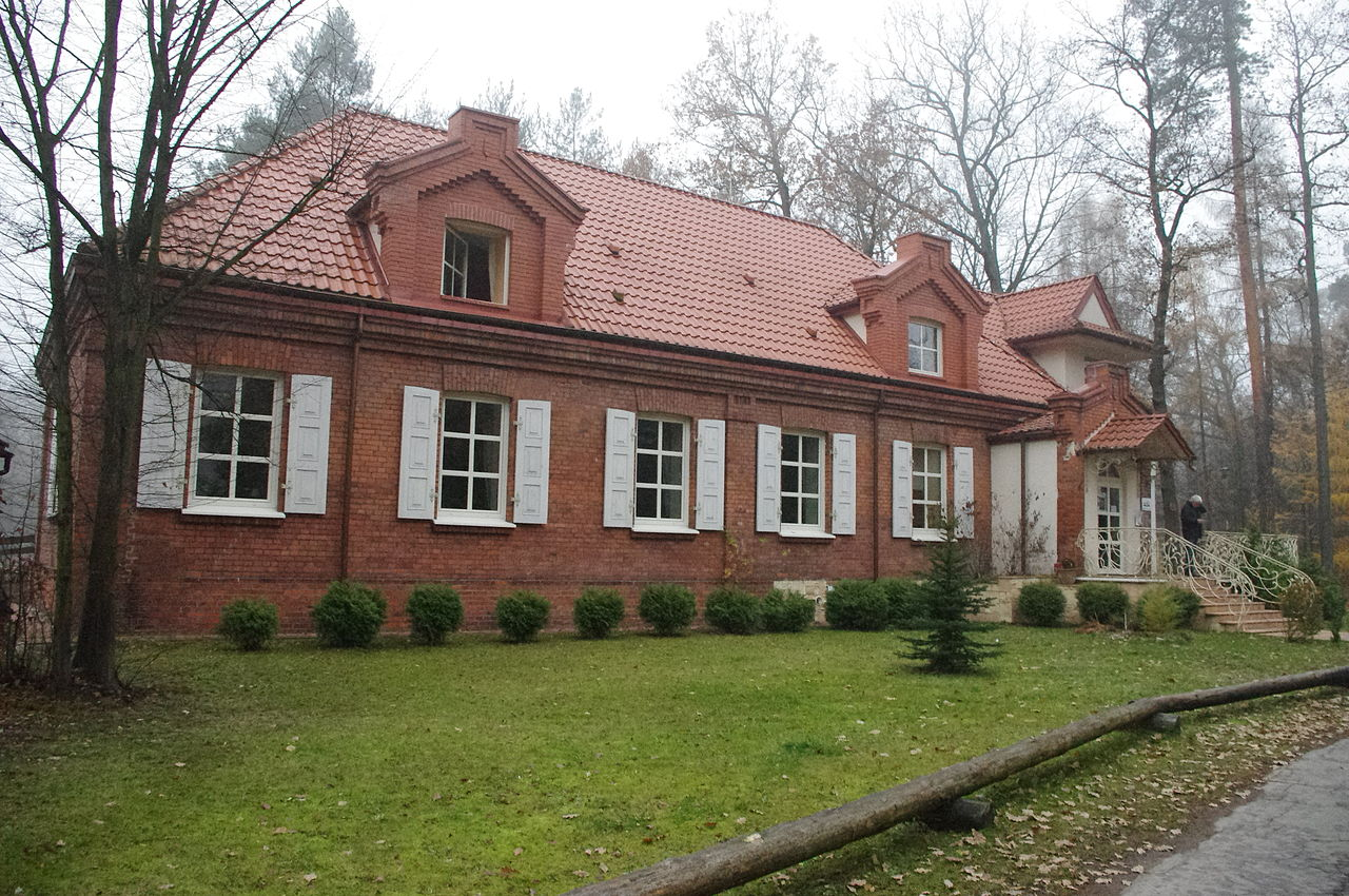 Tsar's Manor House in Spała