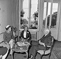 Bundesarchiv B 145 Bild-F022304-0005, Nancy Parkinson, Wilhelmine und Heinrich Lübke.jpg