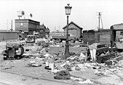 Bundesarchiv Bild 101I-383-0337-19, Frankreich, Calais, zerstörte Fahrzeuge