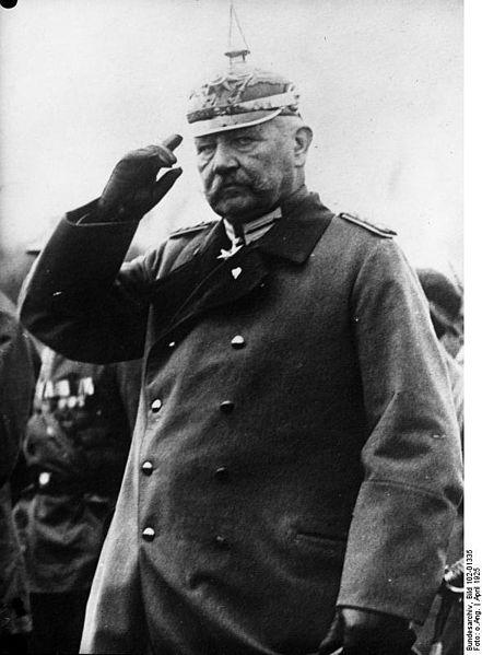 File:Bundesarchiv Bild 102-01335, Paul von Hindenburg.jpg