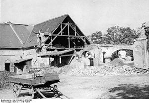Breitenfeld, Leipzig - Image: Bundesarchiv Bild 183 H0918 0500 004, Bei Leipzig, Abbruch des Gutshofes