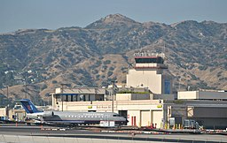 Burbank California (Bob Hope Airport) from Pacific Surfliner (8070353830)
