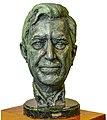Busto Mario Vargas Llosa.jpg