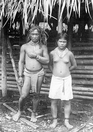 Mentawai Islands Regency - Islanders in a photo by C.B. Niewenhuis